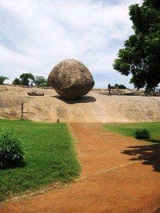 Palla di burro di Krishna a Mahabalipuram