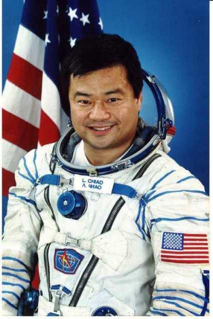 Intervista ad un ex astronauta: la vita e la morte nell'universo