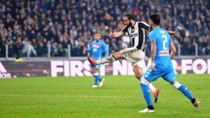 Juventus-Napoli rete di Higuain