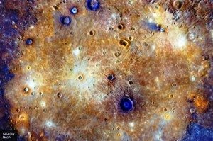 Piramidi blu su Mercurio