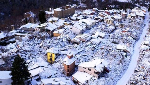Terremotati sotto la neve e soldi della solidarietà spariti