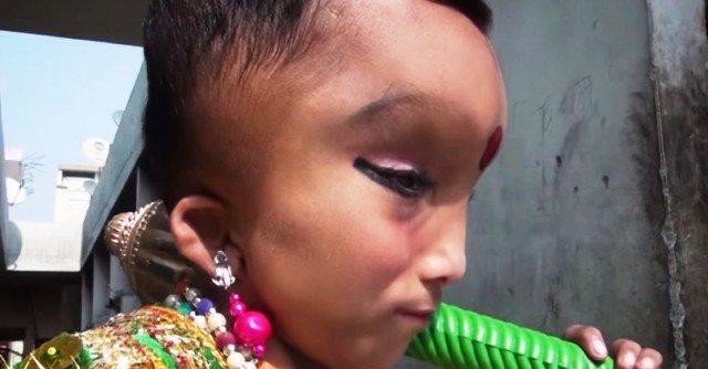 Pranshu il bambino indiano considerato un dio reincarnato
